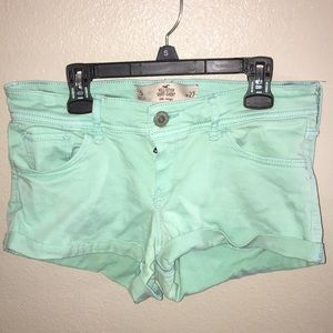 Low rise, Hollister Short-shorts